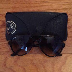Ray ban tortoise aviator sunglasses
